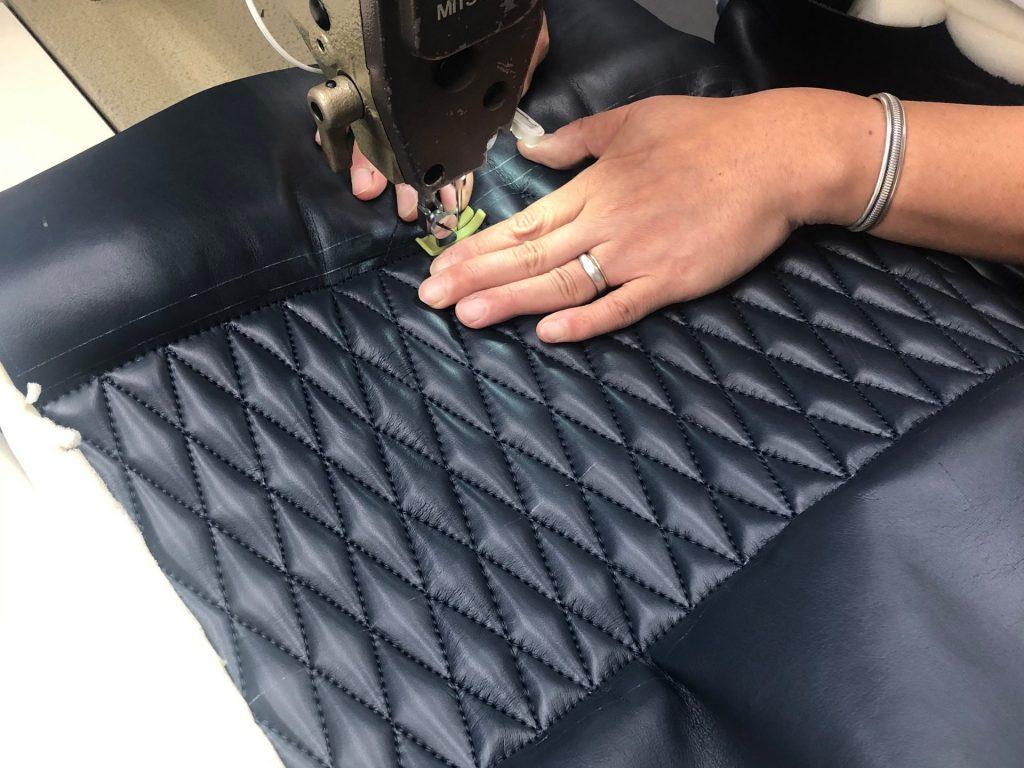 椅子-皮縫製